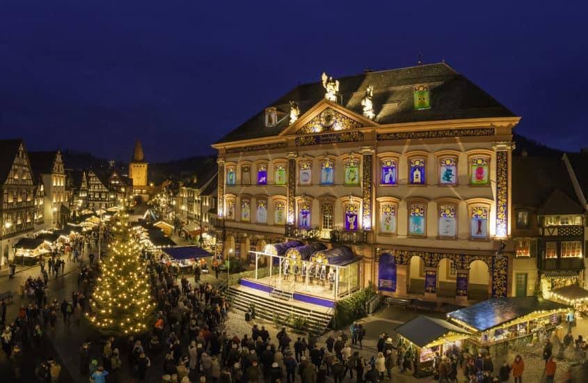 Beleuchteter Weihnachtsmarkt in Gengenbach