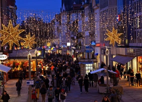 Innenstadt Göttingen am Abend, Weihnachtsmarkt