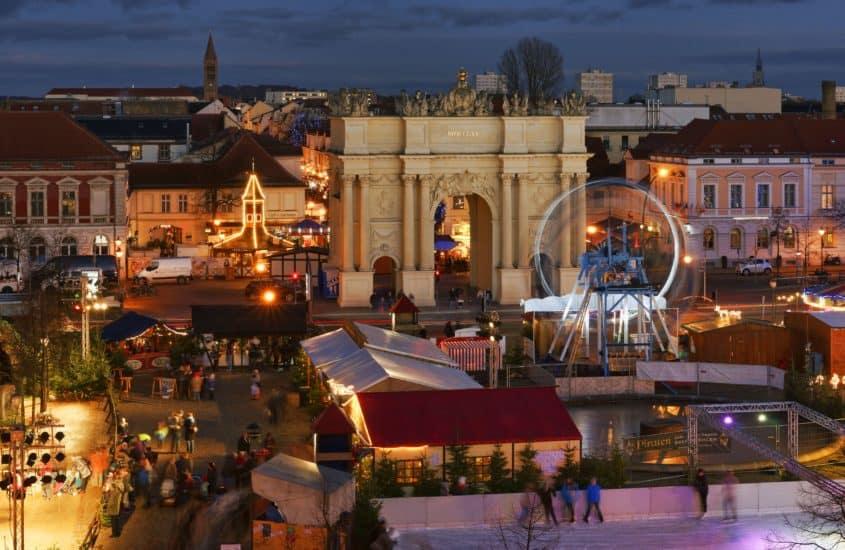 Blich auf die Innenstadt Potsdam am Abend
