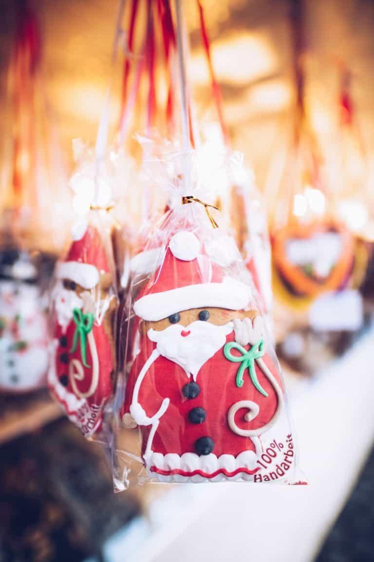 Nikolausanhänger, Weihnachtsmarkt Bude