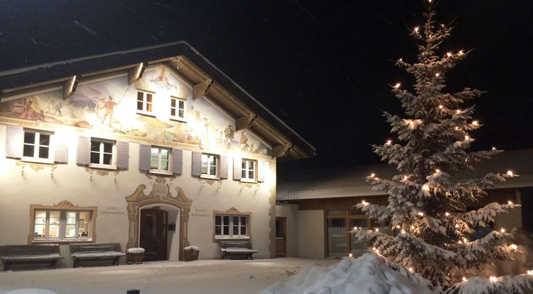 Bauernhaus im Schnee